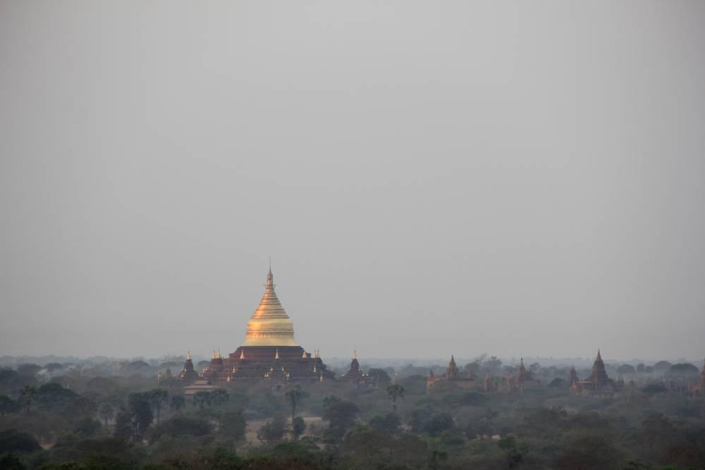 Высокая пагода в Мьянме