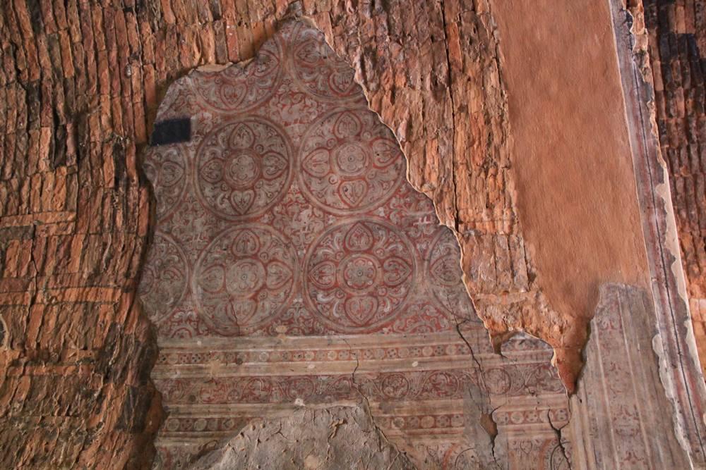 реставрация росписей пагоды в багане мьянма