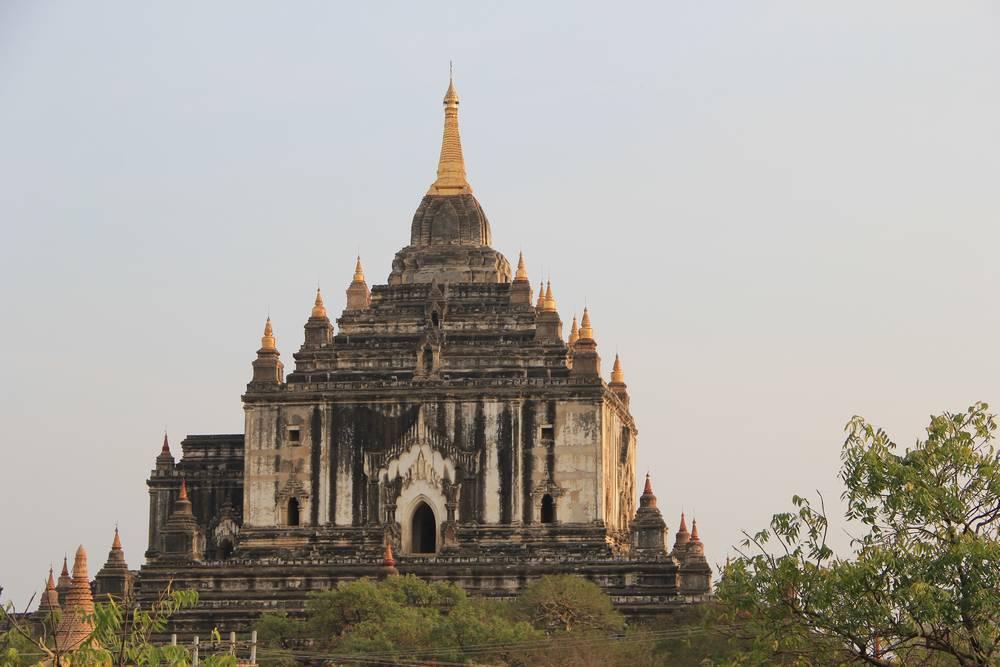 баган мьянма самая высокая пагода That Byin Nyi
