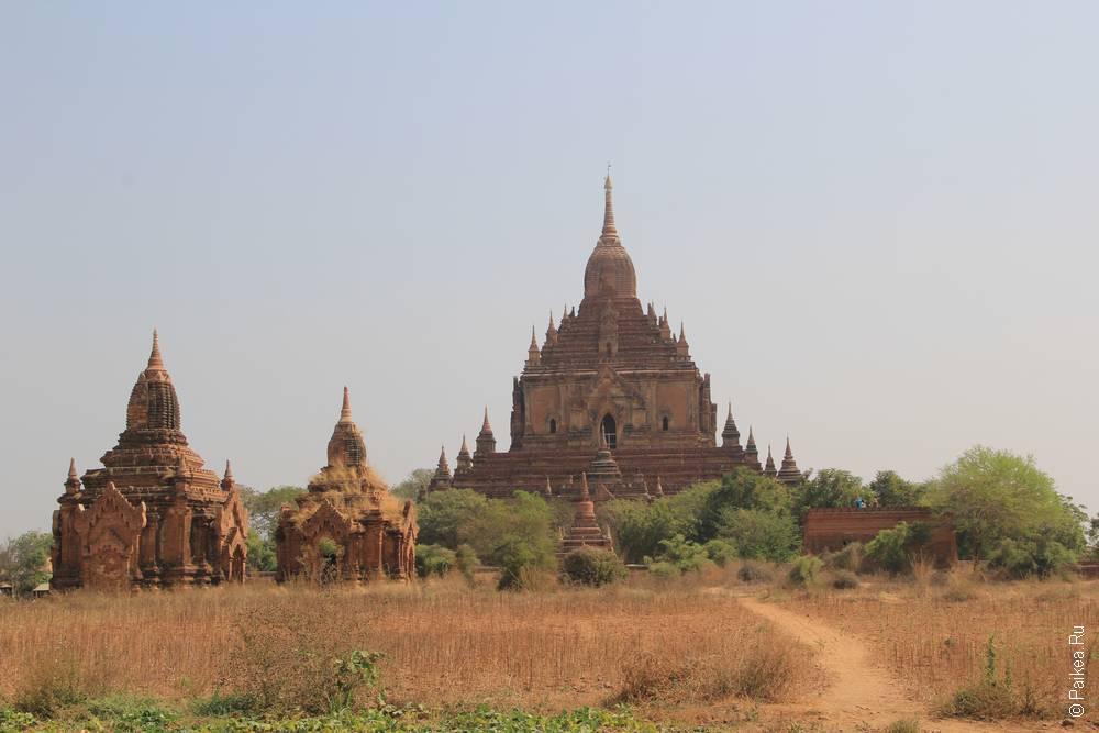 большая пагода в багане