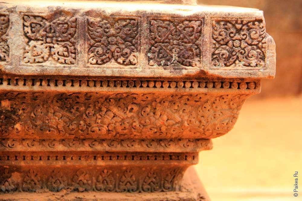Мотивы украшения храма Бантей Срей