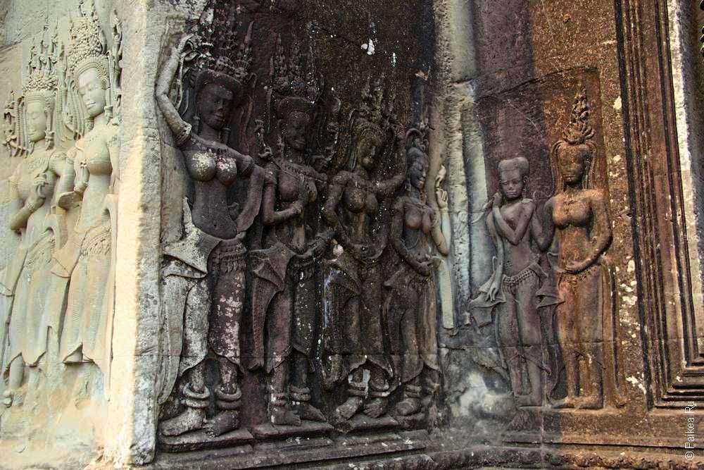 Ансамбль апсар в Ангкоре