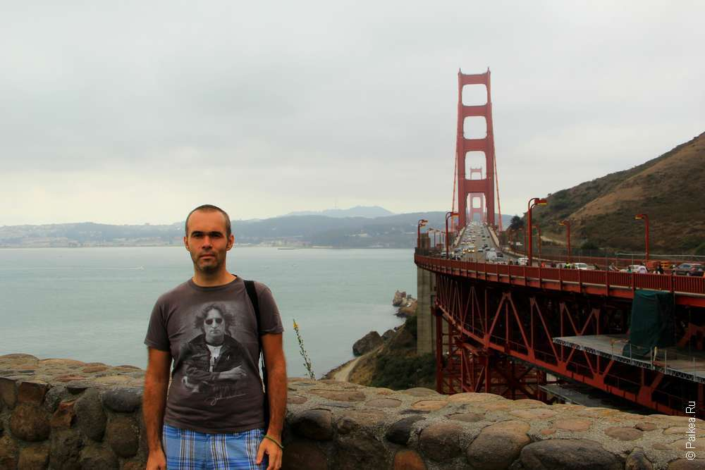 Фото у моста Золотые ворота