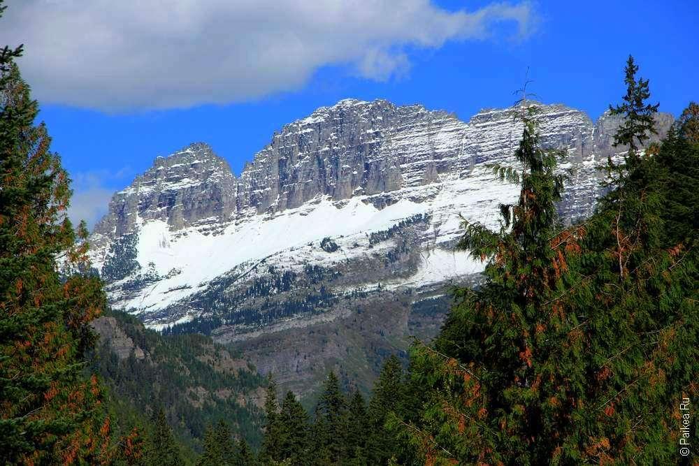 Горы с ледником в Монтане