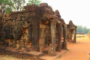 Терраса слонов в городе Ангкор Тхом