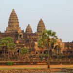 Камбоджа самостоятельно