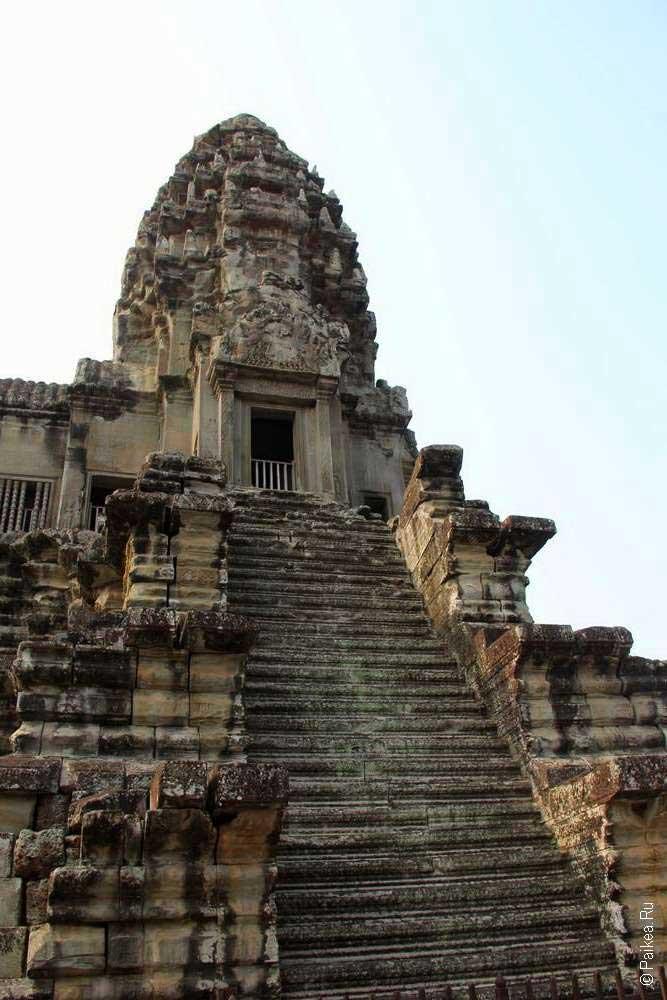 ангкор ват лестница