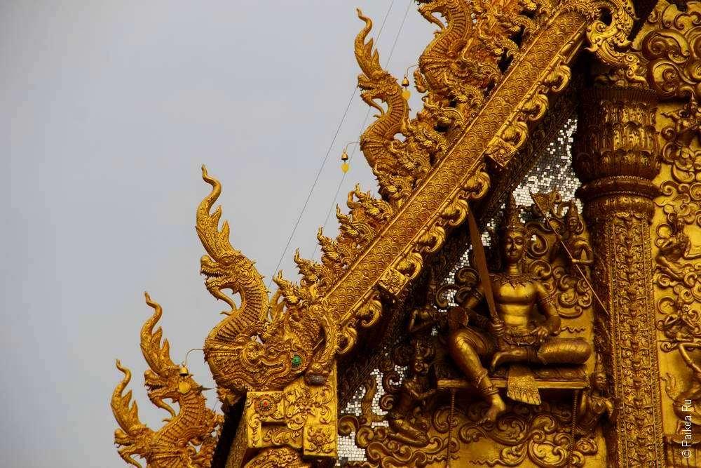 Детали буддистского храма в Таиланде