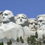 скульптуры четырех президентов сша