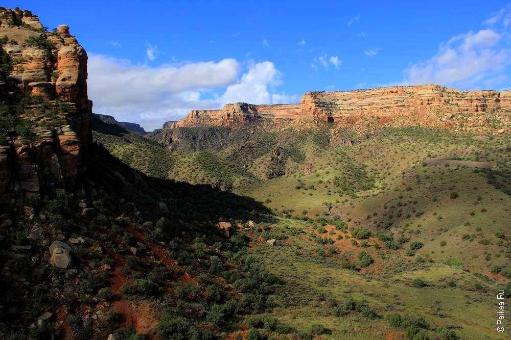 Один из каньонов в национальном памятнике Колорадо
