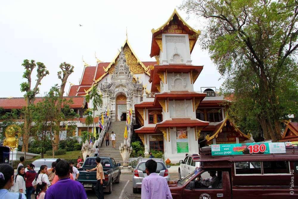 Буддистский храм в Тайланде
