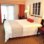 Отели в Санта-Барбаре - The Eagle Inn