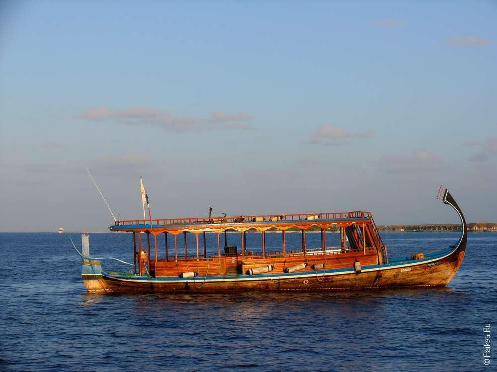 Лодка-дони на Мальдивах