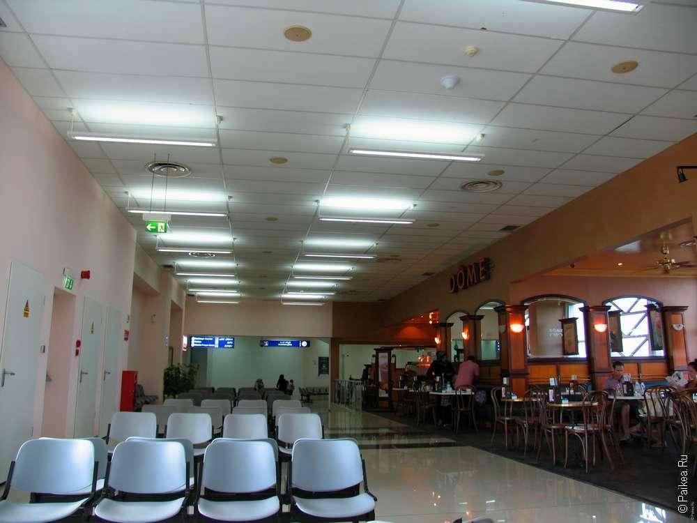 аэропорт Мале - зал ожидания