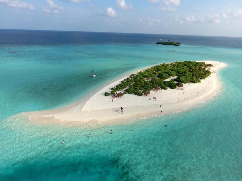 Красивый остров на Мальдивах