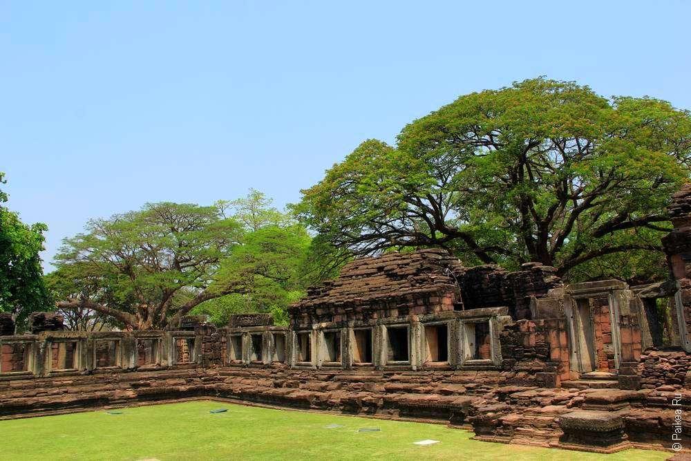 Галереи в храме Пхимай Таиланд Phimai Thailand