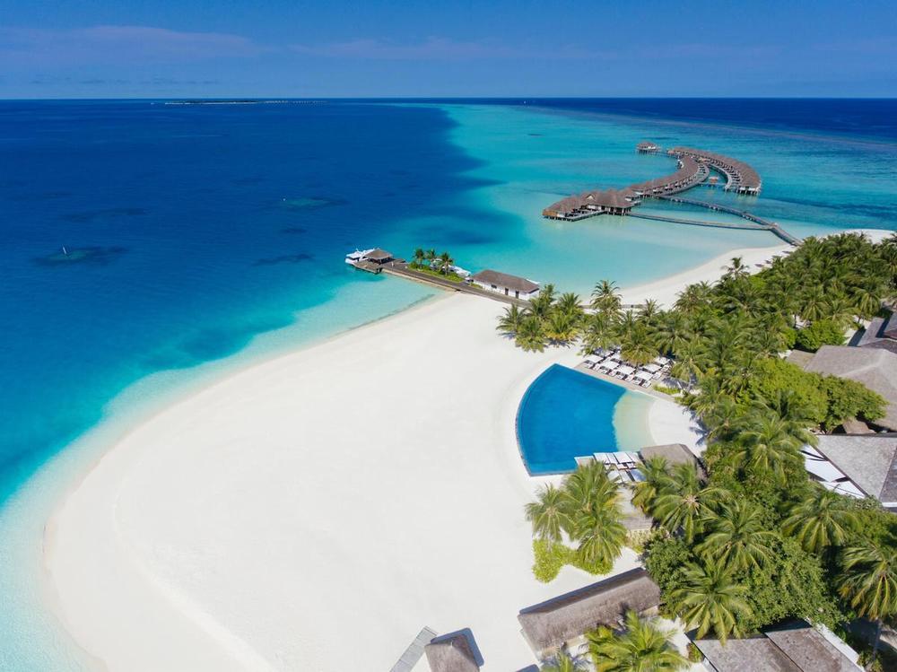 Мальдивы хороший отель 5* Велассару (Velassaru Maldives)