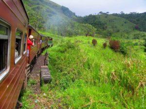 Туристы, поезд, Шри-Ланка