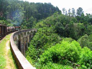Железнодорожный мост в Шри-Ланке