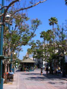 Одна из улиц Лос-Анджелеса