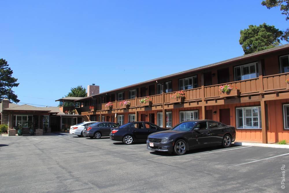отель в монтерее