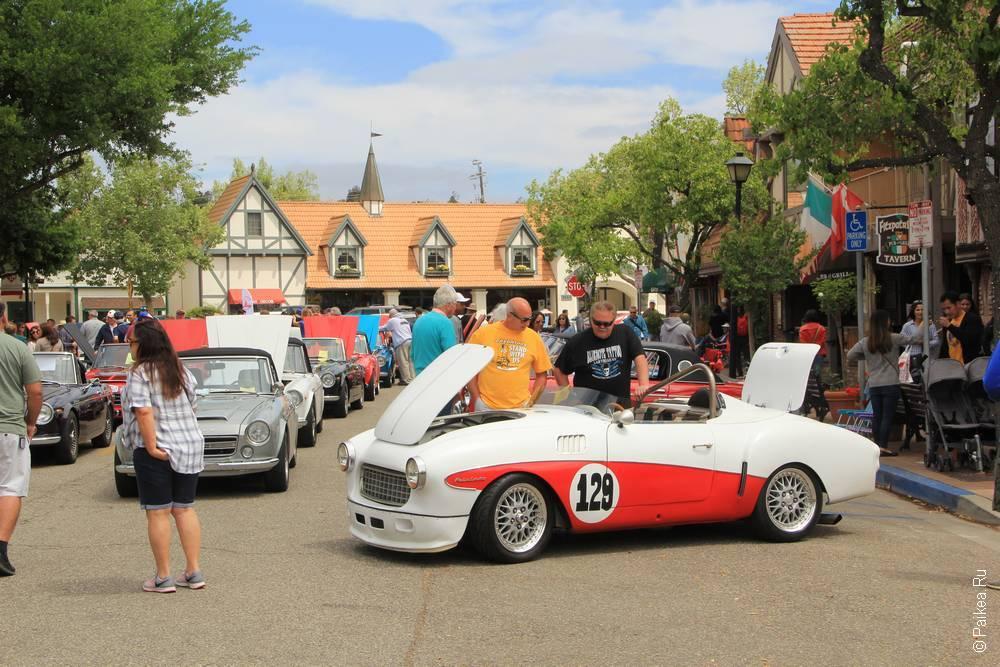 Солванг Калифорния США 35 Solvang Datsun Roadster Classic