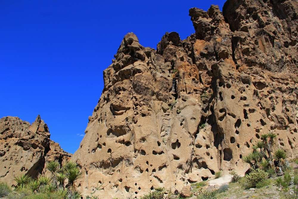 Тафони (Пустыня Мохаве США)