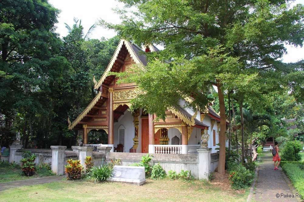 храмы чианг май