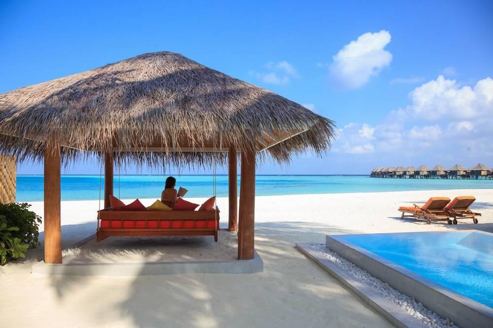 Мальдивы отель с домашним рифом sun aqua vilu reef