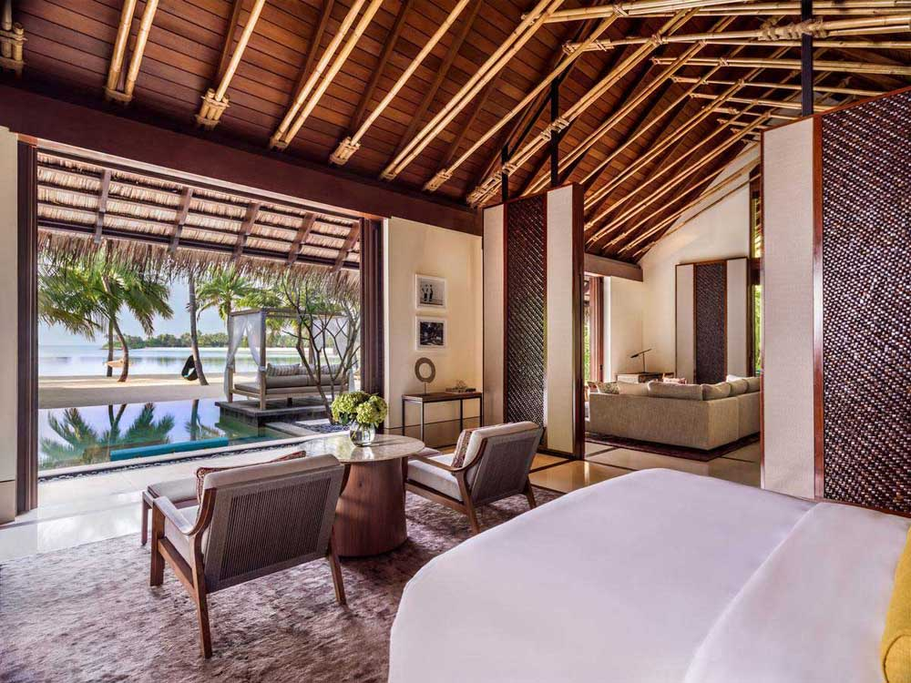 Мальдивы отель Ван энд Онли