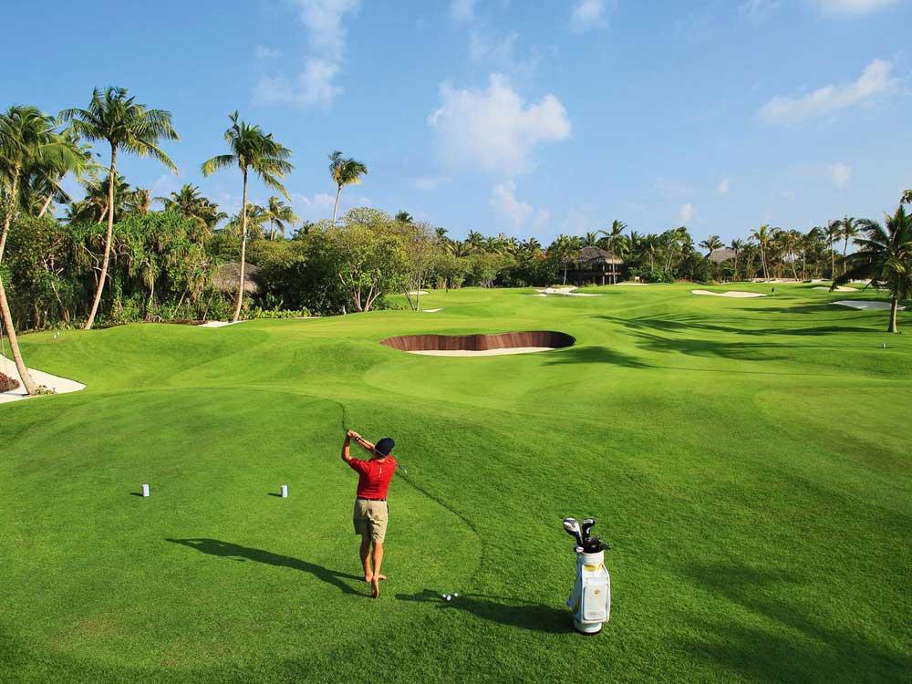 Мальдивы гольф