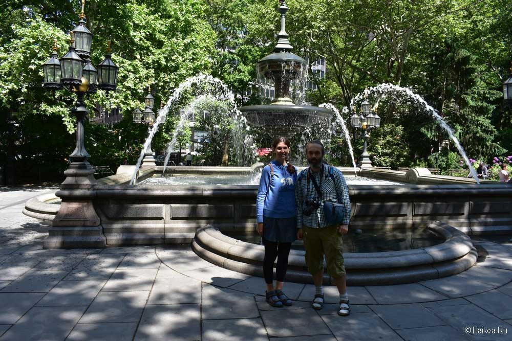 Достопримечательности Нью-Йорка фонтан