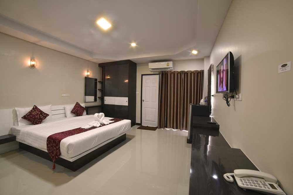 Отели Бангкока Gold Airport Suites
