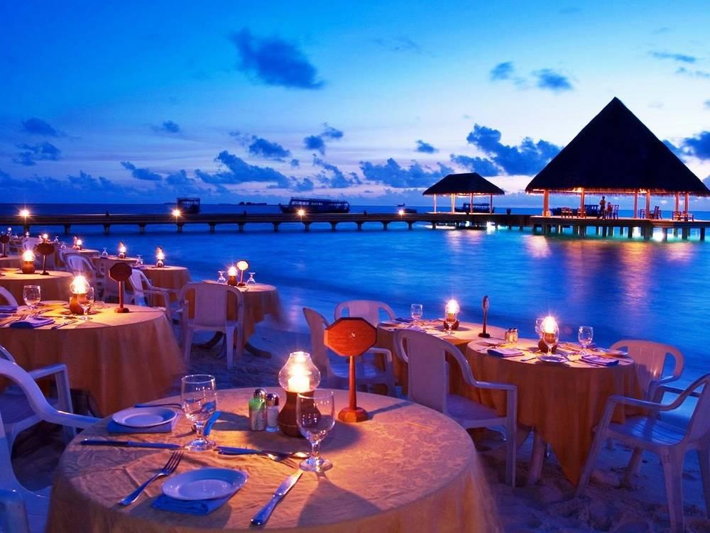 Sun Aqua Iru Veli ресторан над водой