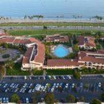 Отели Санта-Барбары - Hilton Beachfront Resort