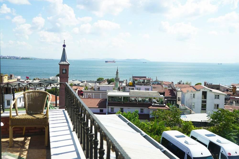Хороший отель в Стамбуле Sultanahmet Palace