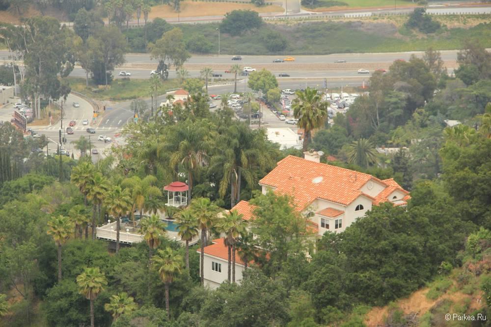 Вид с Юниверсал Сити Оверлук в Лос-Анджелесе
