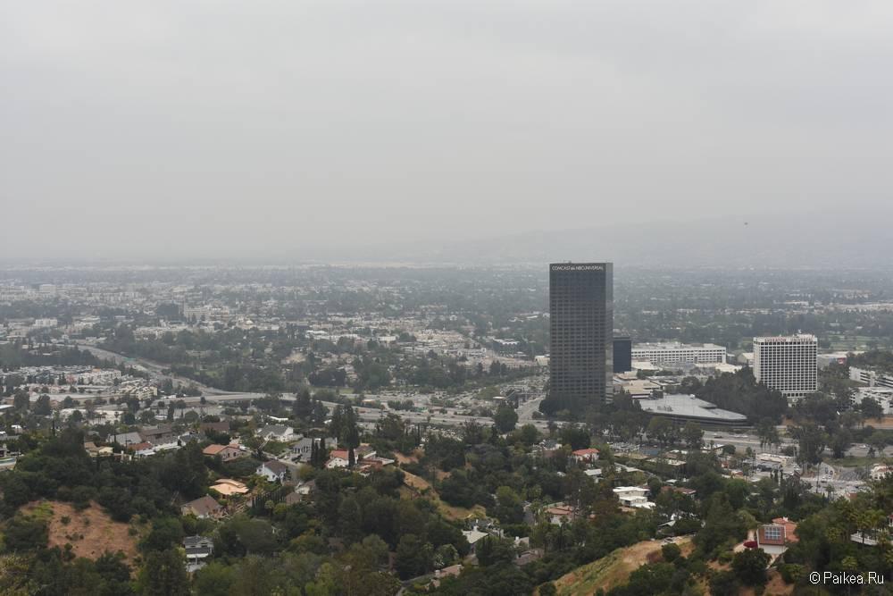 Universal City Overlook на Малхолланд Драйв - бесплатная смотровая площадка с панорамным видом на Лос-Анджелес 3