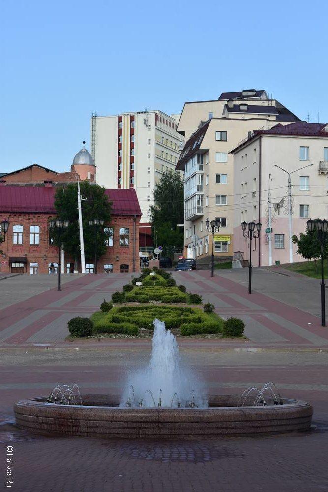 Фонтан на набережной реки Западная Двина в Витебске