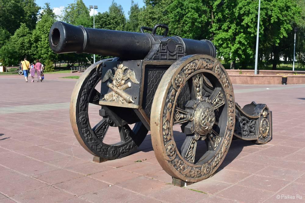 Пушка времен Александра II в Витебске