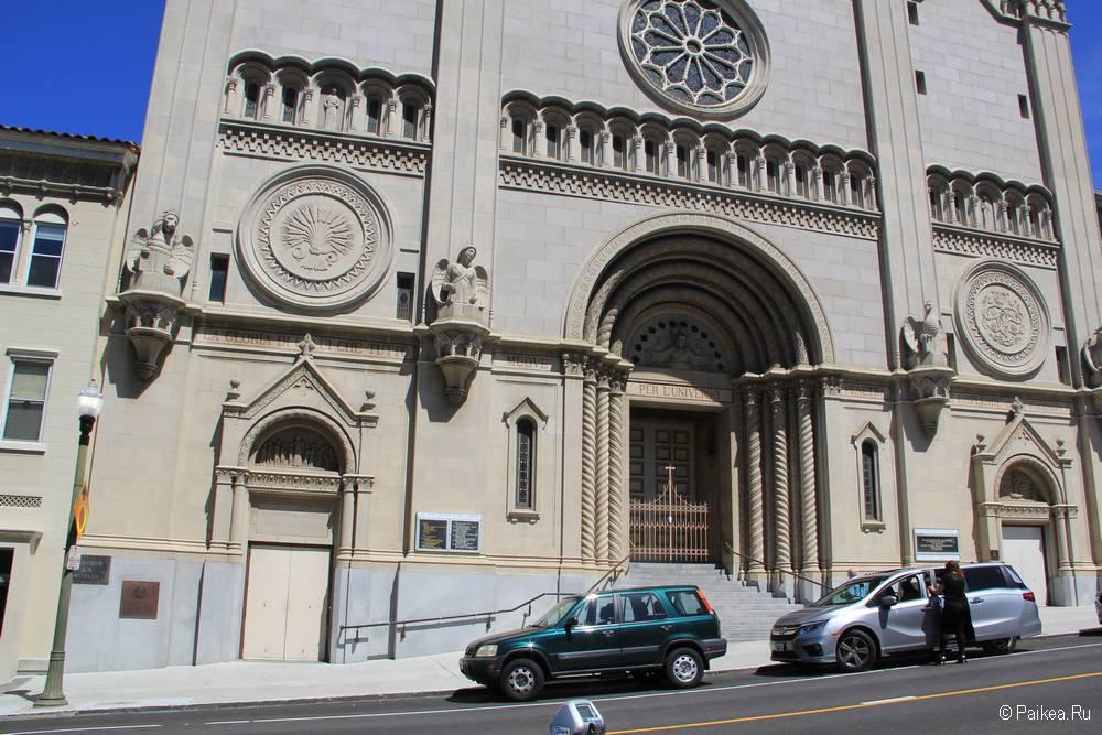 Церковь Святых Петра и Павла в Сан-Франциско 04